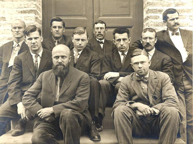 Staff of the Dudley Observatory in San Luis, Argentina. (Identified by Trudy Bell)  Beginning at left: Merton I. Roy, James M. Fair, Heroy Jenkins (at rear), Arthur J. Roy (with beard in front), Paul T. Delavan, Richard H. Tucker (center rear), Meade L. Zimmer, Louis Z. Mearns, William B. Varnum, and Roscoe F. Sanford.