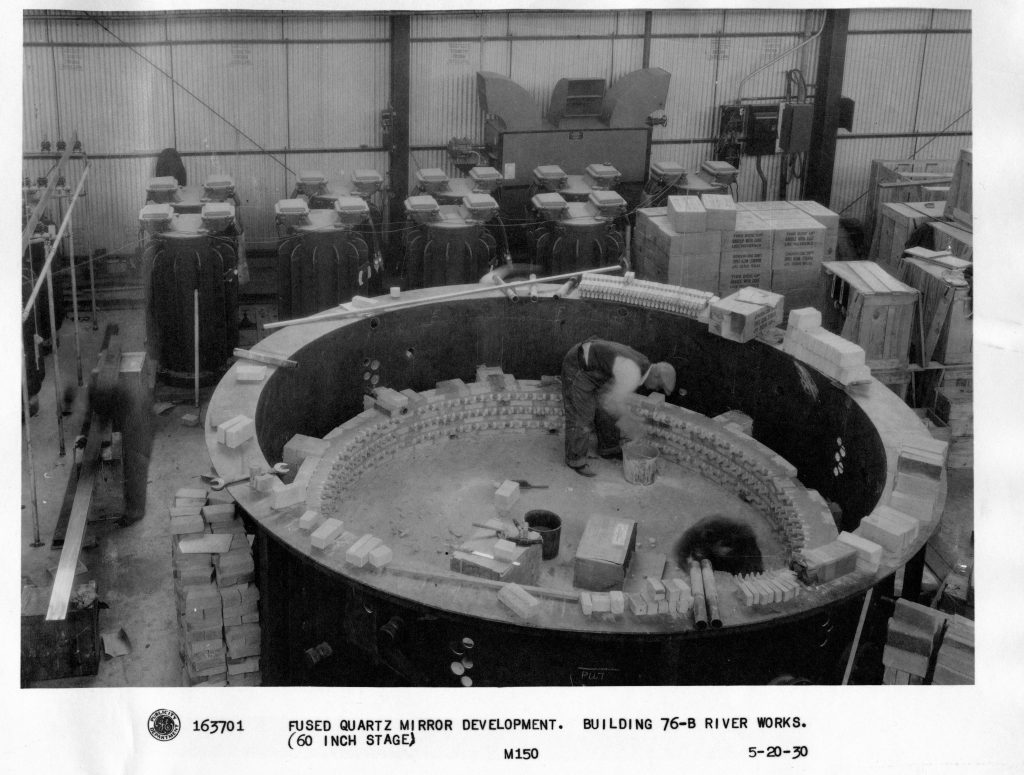 Construction of a experimental furnace for the 60-inch Palomar Mirror (Thomson Papers, B#6, F006a)